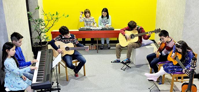 Dečiji orkestar Muzika sveta